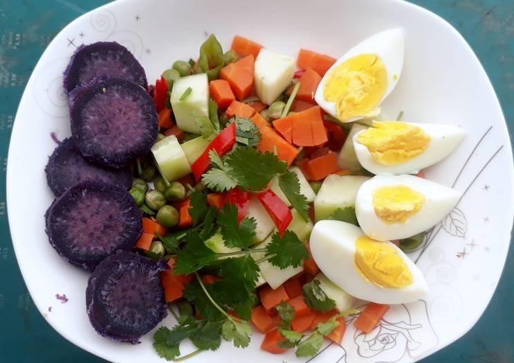 khoai lang với trứng luộc